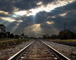 railroad-166535_640